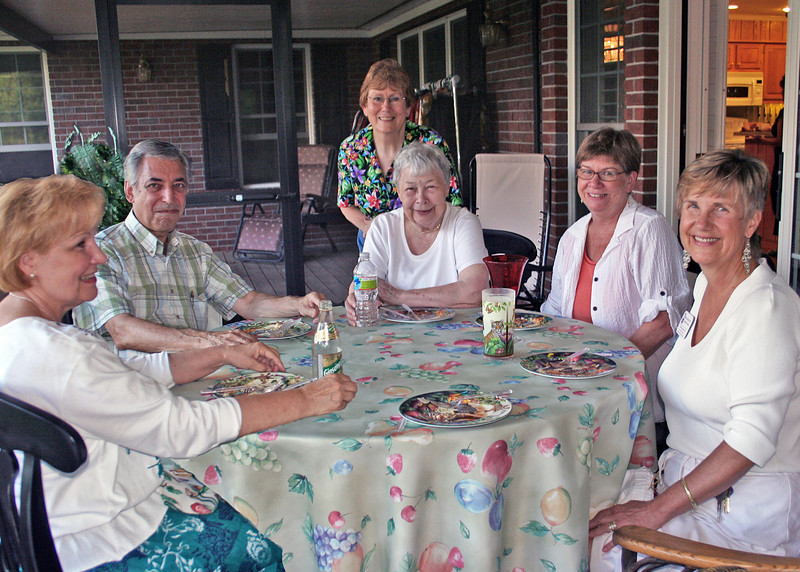 The Tri-State Business Women had this month's get together at Pam's house. Terri, Steve, Susan, Bette, Judy and Benita.