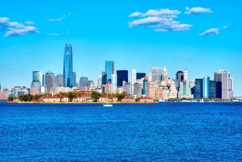 943 Manhattan