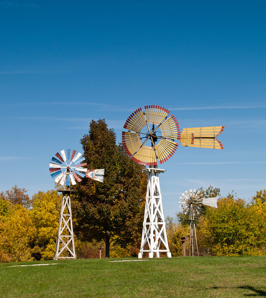 Mid-America Windmill Museum: a pair of Fairbanks Morse Eclipse windmills.