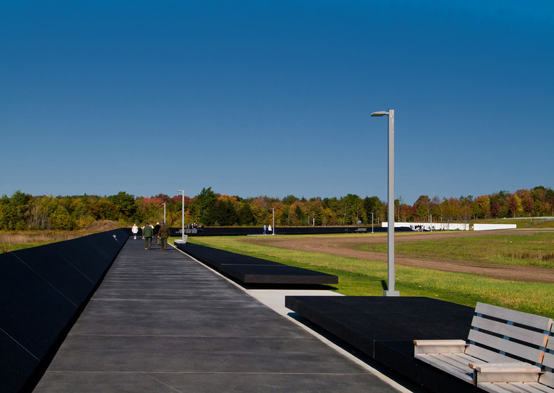 The start of the long walkway to the memorial wall.