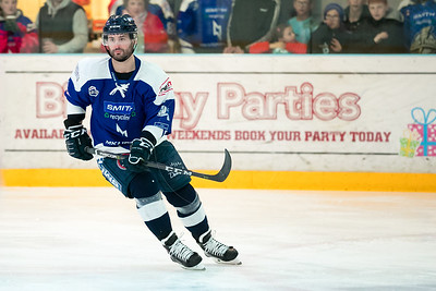 MK Lightning Vs Dundee Stars