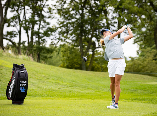 Cathryn Brown starts The Barbasol Championship weekend play with a ceremonial tee shot on #1, 7.17.21