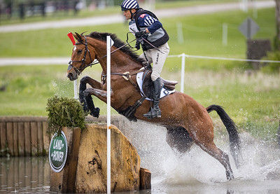 Boyd Martin & On Cue in the Cross County portion of the Land Rover Ky 3-Day Event 4.24.21
