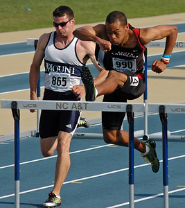 Friday 110m hurdles prelim 01