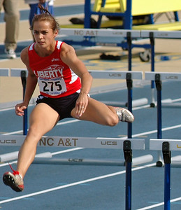 Friday 100m hurdles prelim 01