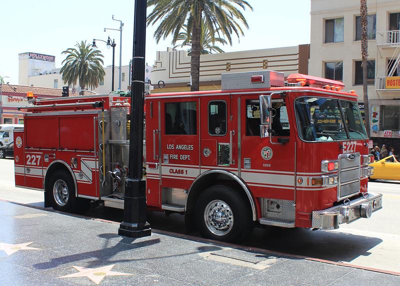 LA City FD Pump 227 Pierce Arrow XT #60616 (ps)