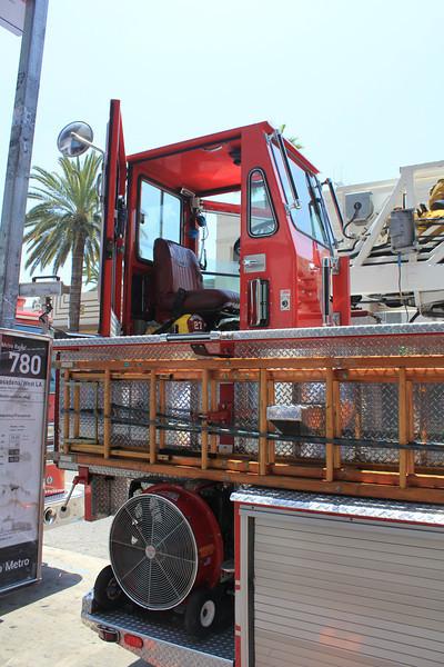 LA City FD T27 Simon Duplex LTI tiller