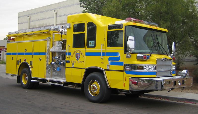 Clark County, NV Engine 2007 Pierce Quantum 2000gpm 500gwt 30gft (ps)