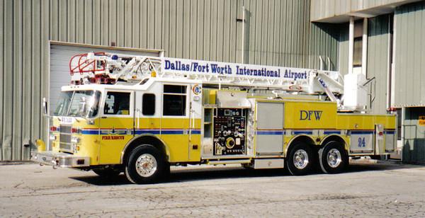 Dallas - Fort Worth Airport 2002 Pierce Dash 105ft rma quint
