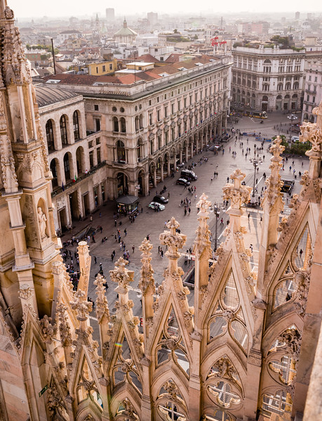 Rooftop view from the roof of the Duomo di Milano.