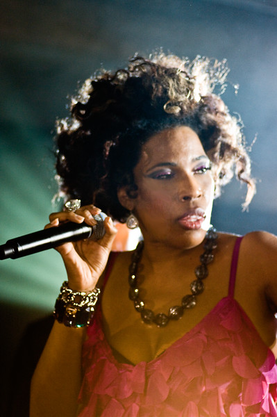 Macy Gray; Perez Hilton SXSW Party 2010.<br /> (Pentax K20D, DFA 100mm lens)