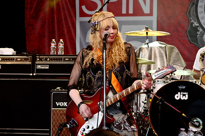 Courtney Love; SXSW 2010. (Pentax K20D, DA 70mm lens)