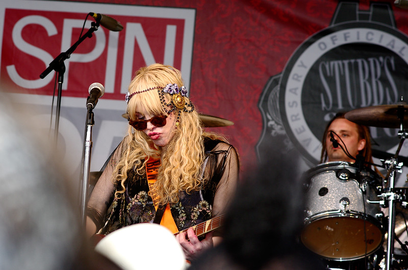 Courtney Love with Hole; SXSW 2010.<br /> (Pentax K20D, DA 70mm lens)