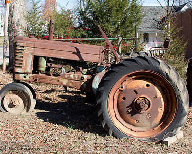 John Deere, Model B, unrestored