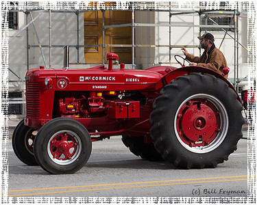 International Harvester McCormick, Model WD9