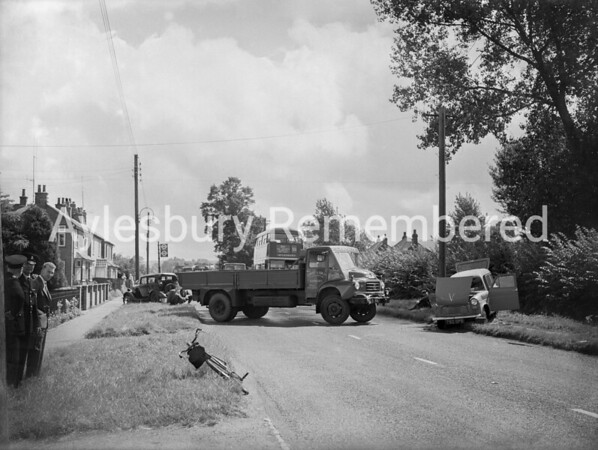 Traffic accident at Aston Clinton, Aug 14th 1959
