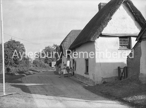 Wootton Lane, Dinton, Sep 23 1947