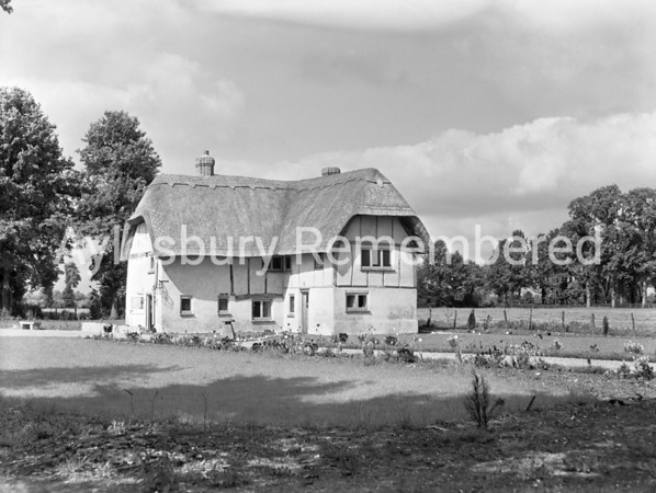 71 Lower Road, Stoke Mandeville, May 1956