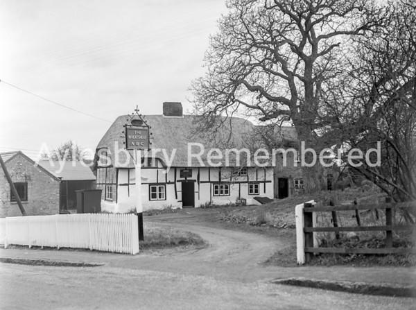 The Wheatsheaf at Weedon, Jan 21 1954