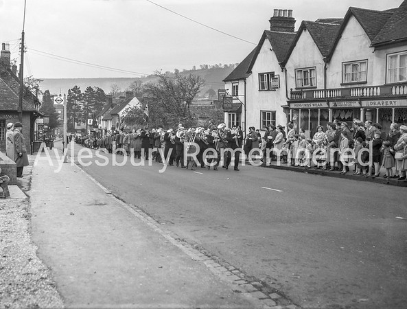 Remembrance Service, High Street, Wendover, Nov 1958