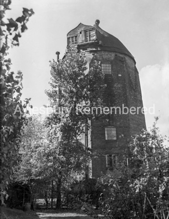 Wendover Windmill, Oct 10 1946