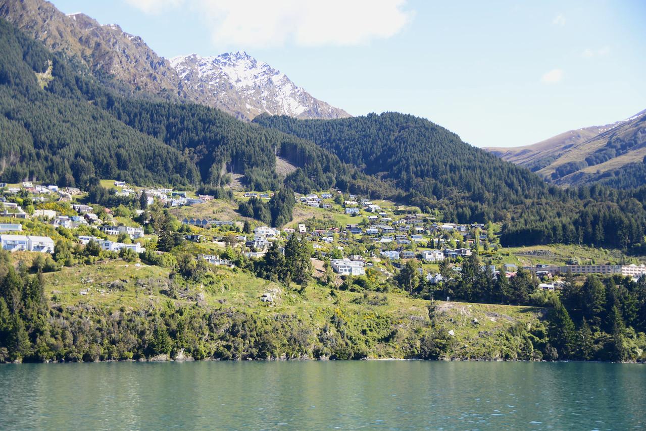 View Along Lake Wakatipu