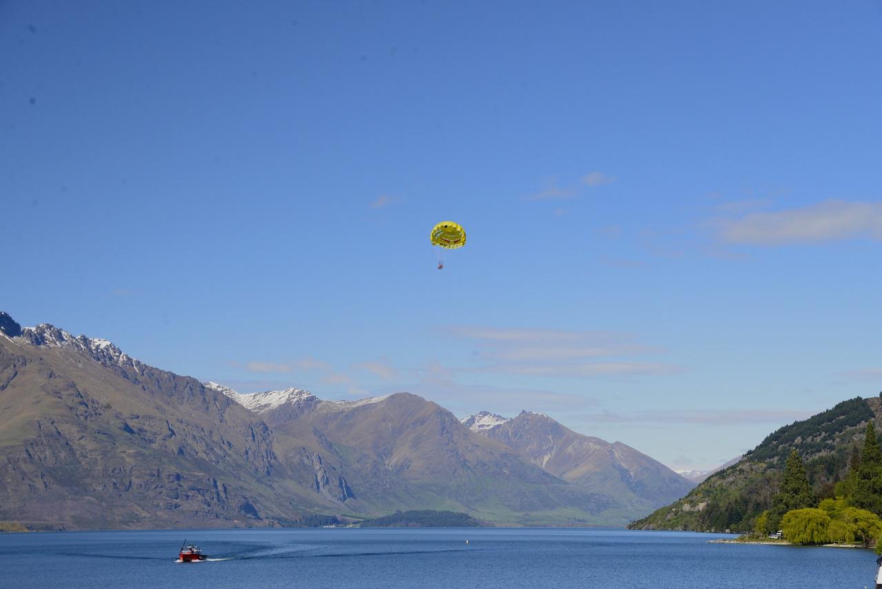 Parasailing on Lake Wakatipu