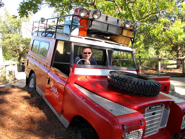 Looks like Shawn managed to find his own ride as we did our safari trip. :-)