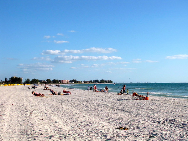There's one of the many Beaches that you can visit when in the Tampa, Florida area... of course, this is one of the main reasons many people come to this Beautiful part of the World on the Gulf Coast of Florida.