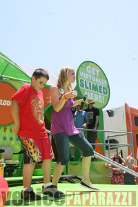 1   Kids getting slimed (17)