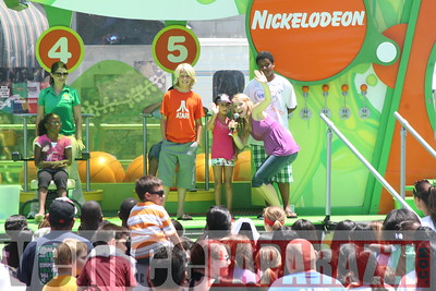 1   Kids getting slimed (23)