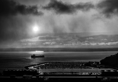 "DPChallenge ""Sunset in Black & White"" Title: ""Stormy Departure"" Place: 10th"