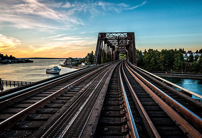 "DPChallenge ""Railroad Tracks"" Title: ""Rail Bridge"" Place: 1st"