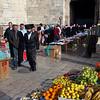 shtreimel and fruit at Damascus Gate