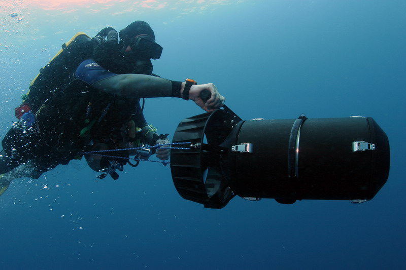 Scootering down to the Repulse with my inspiration rebreather