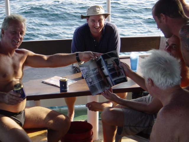 Beer, Porn and diving - what else does one need?