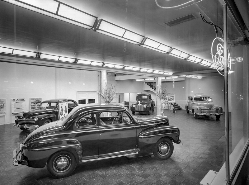 F95 FORD. Midtown Motors, San Francisco. 6-28-1946