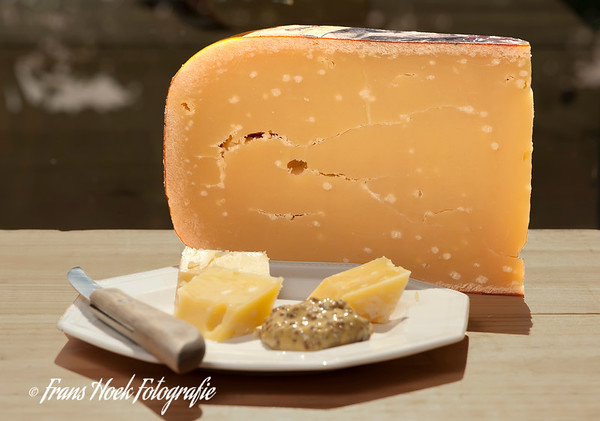 Old Cheese / Oude kaas