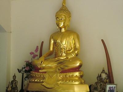 Wat Fa ham Buddha