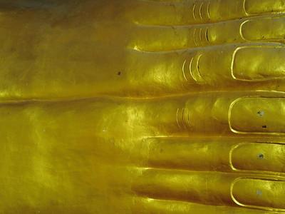 Reclining Buddha: Sanpatong 2