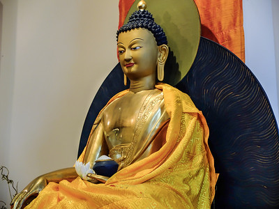 Buddhas: assorted images