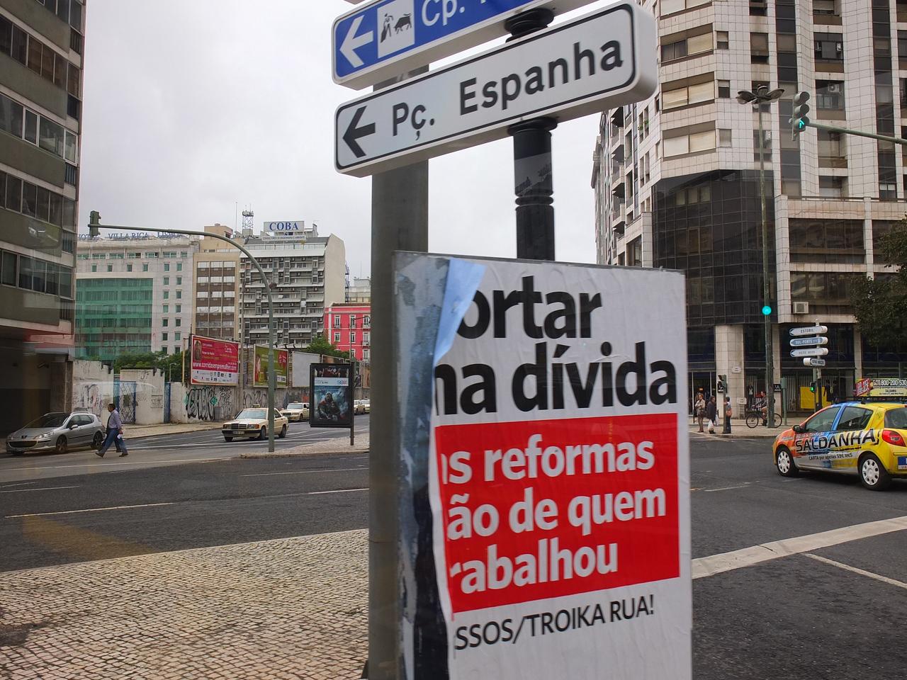 Driving through Lisbon