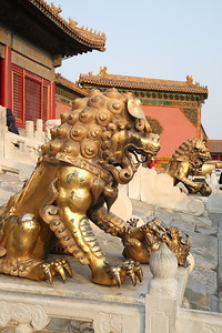Gilded Lion Statues guarding an entranceway to the Palace of Heavenly Purity - 20/01/18.