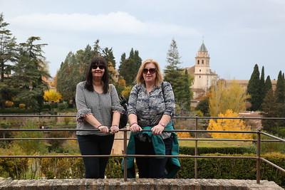 Fiona & Suzanne in the Palacio de Generalife gardens - 18/11/18