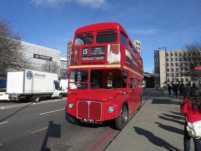 Heritage-fleet Routemaster RM871 at the Tower Hill stop with a Route 15 service to Trafalgar Square  - 07/03/14.