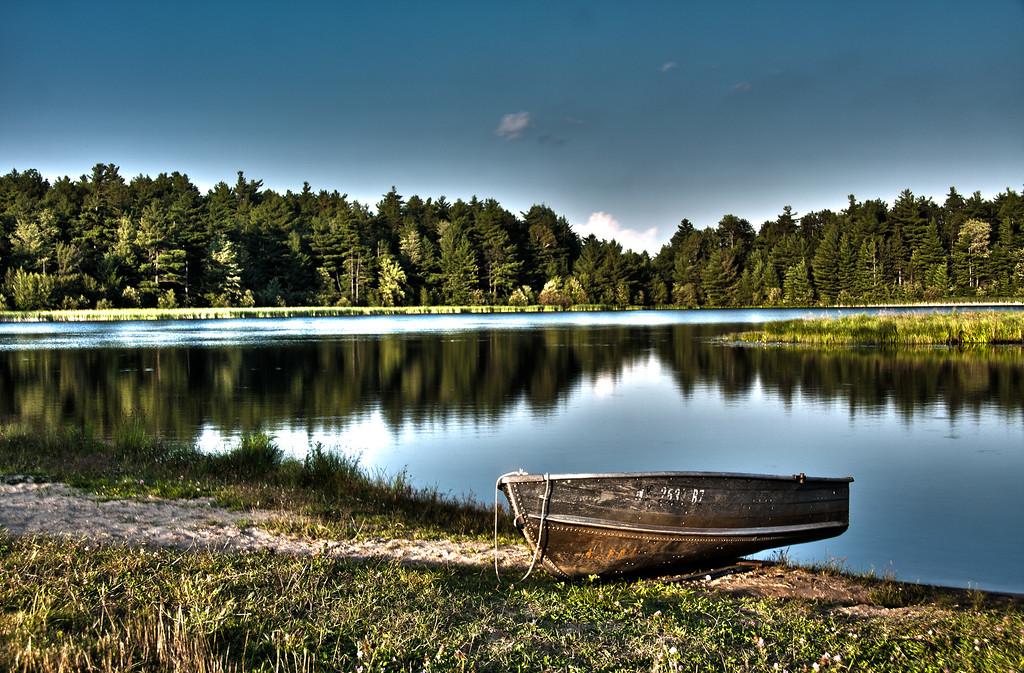 Lake-Boat_HDR2