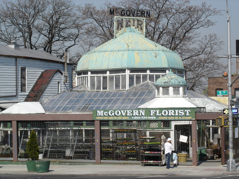 florist across from Green-Wood cemetery - despite it's condition, I love this building.
