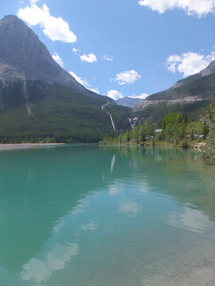 En route to Grassi Lakes