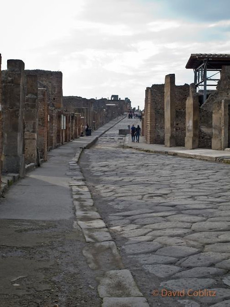 Pullic road in Pompeii, Italy dating from 70 AD