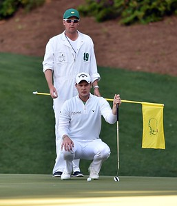 10-04-16 European Tour 2016, The Masters Tournament, Augusta National GC, Augusta, Georgia, USA. 07-10 Apr. Danny  Willett of England and his caddie Jonathan Smart line up a putt on the 13th green  during the final round. # NO AGENTS #